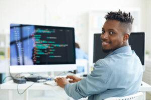 - Créer, refondre, animer et optimiser un site web